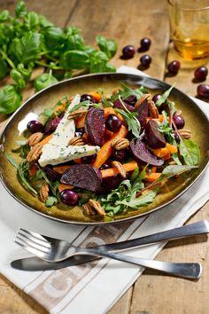 Tämän salaatin juju on paahdetuissa kasviksissa ja rypäleissä. Salad Recipes, Healthy Recipes, Healthy Food, Food Porn, Just Eat It, Cook At Home, Kung Pao Chicken, Pasta Salad, Food Inspiration