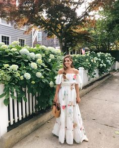 Find Your Inner Fashionista With These Tips And Tricks! Jw Moda, Modest Fashion, Fashion Outfits, Moda Floral, Modele Hijab, Summer Outfits, Summer Dresses, Gal Meets Glam, Vestidos Vintage
