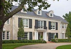 ideas for exterior house colors tan columns Exterior Paint Colors, Exterior House Colors, Exterior Design, Colonial House Exteriors, Colonial Exterior, Villas, 1920s House, Classic House, My Dream Home