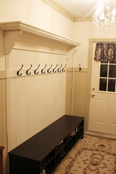 Adding a Coat Rack to your wainscoating to look built In…Itsy Bits and Pieces: Something Accomplished! Adding a Coat Rack to your wainscoating to look built In…Itsy Bits and Pieces:… Coat Rack Bench, Decoration Entree, Entryway Organization, Entryway Storage, Up House, Farm House, Deco Design, Mudroom, My Dream Home