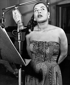 Billie Holiday. Photographed by Phil Stern. (1955) via classicladiesofcolor