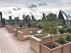 Ресторан АКВАРЕЛИ в Краснодаре- один из наших первых проектов в России. Всегда на складе в Москве. Мебель выполнена из синтетического волокна REHAU, на алюминиевом каркасе. Модель дополнена подушками со съемными чехлами, из ткани SUNBRELLA #sunbrella  #skylinedesign #skldesign #skldr #outdoorfurniture #уличнаямебель #мебельизискусственногоротанга #садоваямебель #мебельдлягостиницы #мебельдляресторана #мебельдляулицы #sunbrella #horeca #хорека #rehau #мебельизротанга #мебельдлясада #лежак…