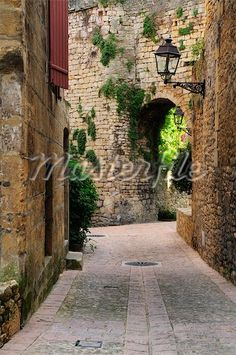 Old Town of Sarlat-la-Caneda, Dordogne, Aquitaine, France Stock Photomasterfile.com