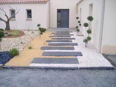 Garden Tiles, Backyard Patio Designs, Outdoor Landscaping, Outdoor Projects, Walkway, Garden Paths, Curb Appeal, Exterior Design, Outdoor Spaces