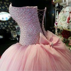 Vestido rosa de quinze anos