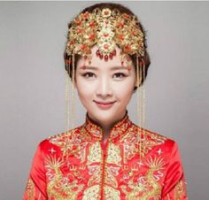 How does a modern Chinese bride dress up instead of wearing a white wedding gown