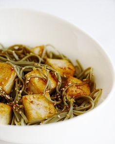 Tofu and Soba Noodles with Lemon Ginger Dressing ~ http://steamykitchen.com