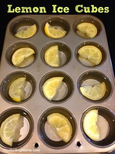 Lemon Ice Cubes are perfect for flavoring your water and great for detox! #icecubes #healthy #kitchentip