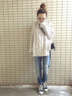 Cable knit turtleneck sweater with sneakers