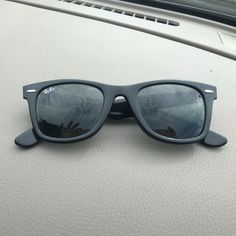 cf712f25d Rayban wayfarer Black Rayban sunglasses. Authentic. Purchased in 1985 and  barely used Ray-