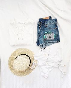 Travel essentials via @andicsinger | shop the 'Stevie shirt' online #summeroflove #faithfulltravels