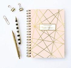 #SemanaVoltaàsAulas Material Escolar in Alone With a Paper  Caderno  *Clique para ver post completo*