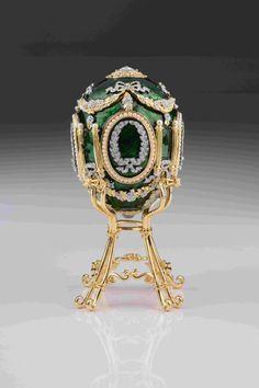 Green Faberge Egg with Swan Inside Handmade by Keren Kopal Home Decor Collectors Box Russian Egg