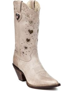 Wedding cowgirl boots? Yes please!!