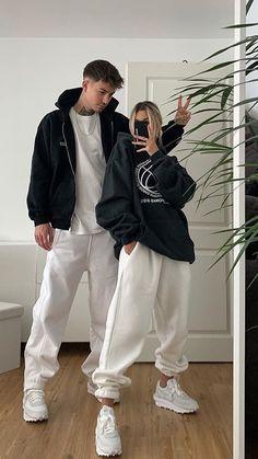 Matching Couple Outfits, Matching Couples, Cute Couples, Tomboy Fashion, Streetwear Fashion, Fashion Outfits, Retro Outfits, Cute Casual Outfits, Teenager Mode