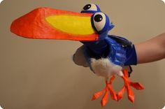 Making of: Bird Hand-Puppet ('Zazu')