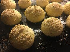 Glutenfrie rundstykker på 1-2-3 | Pappa uten gluten Muffin, Gluten Free, Bread, Breakfast, Food, Christmas, Meat, Glutenfree, Morning Coffee