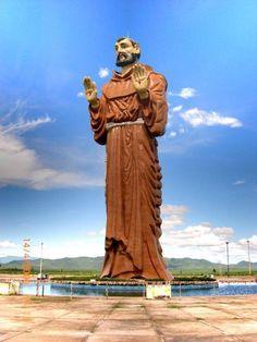 Estatua de São Francisco, a terceira maior do Brasil - Canindé, CEARA- BRASIL