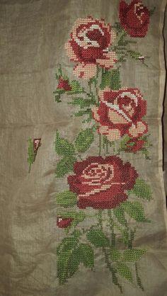 Detail of the motif on my crossstitch organdi saree