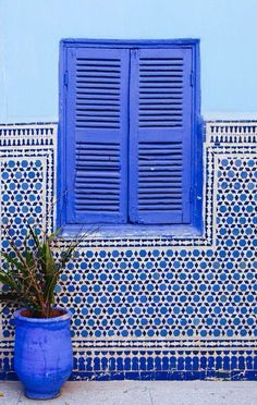 blue windows and tiles , Marrakech, Morocco Interior Minimalista, Moroccan Style, Moroccan Blue, Moroccan Theme, Moroccan Design, Blue Aesthetic, Belle Photo, Design Hotel, Shades Of Blue