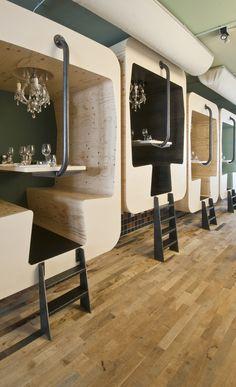 6 endroits pour dîner en amoureux   Design table, Restaurant design ...