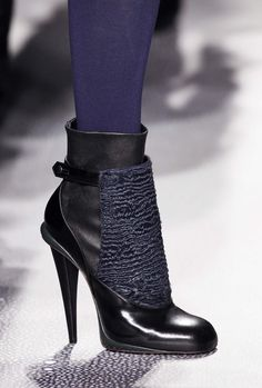FENDI Fall Winter 2012-13 Look 33  Close Up