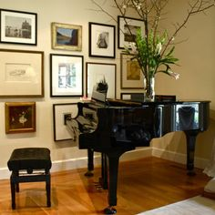 1000 images about piano room ideas on pinterest piano room piano and grand pianos - Piano for small space decoration ...