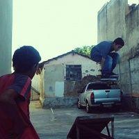 Mais um skatista em destaque desta vez é o Skatista Thiago Vn de Tatui em São Paulo ele tem 12 anos e a manobra é um melon passando a rampa, foto tirada na casa de seu amigo Vini.