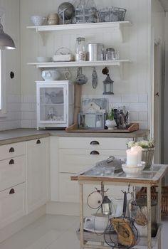 北欧キッチン収納アイデア