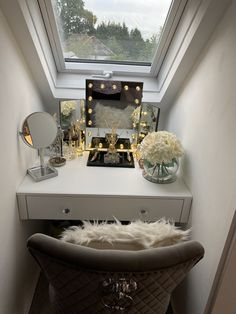 Decor, Furniture, Vanity Mirror, Vanity, Home Decor, Mirror