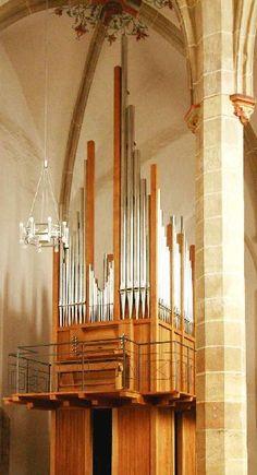 http://www.orgelbau.de/img/Neue_Orgeln/Pirna_Orgel_klein.JPG
