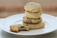 Chocolate Chip Cookies - low carb - Net Carbohydrates:  1.3g