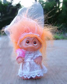 """Bride Dam troll is a little 5"""" girl with pleading Norfin-style eyes... SQUEEE!"""