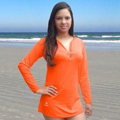 A saída de praia com proteção solar UV DOT é ideal para curtir a praia c01f83f9752