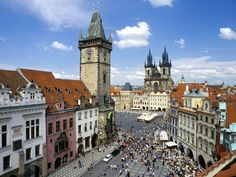 The narrow cobble stoned streets of the old town in Prague are full of surprises – few cities have as impressive Gothic architecture as this city with its Old Town Square and intricate astronomical clock – and none can match the romantic roughness of Prague. #Prague #Old_Town_Square