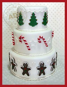 Christmas Cake i like this one for xmas too getting ideas :)