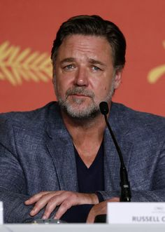 "Russell Crowe Photos - Russell Crowe attends ""The Nice Guys"" press conference during the 69th annual Cannes Film Festival at the Palais des Festivals on May 15, 2016 in Cannes, France. - 'The Nice Guys' Press Conference - The 69th Annual Cannes Film Festival"