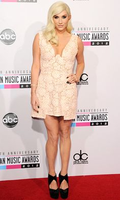 Kesha at the 2012 American Music Awards