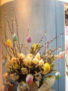Spring decoration, picture from LandLove magazine (Mar/Apr16)
