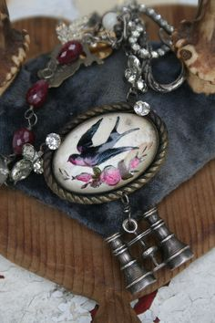 amy hanna vintage inspired jewelry