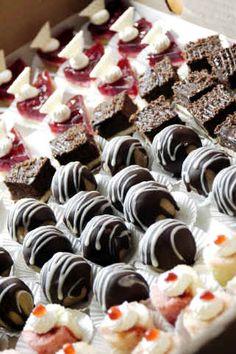 mini dessert tray