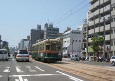 路面電車。1900形。京都市電から譲渡。愛称「大文字」。