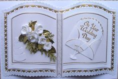 Baukje's Cards and Crafts: Paper Flowers Wedding Scrapbook, Scrapbook Cards, Scrapbooking, Card Book, I Card, Heartfelt Creations Cards, Wedding Cards Handmade, Shaped Cards, Fancy Fold Cards