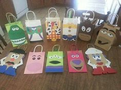 Tou Story party favor bags are a fun, creative way to tell your guest thank you for coming to your party. All the characters are included from the