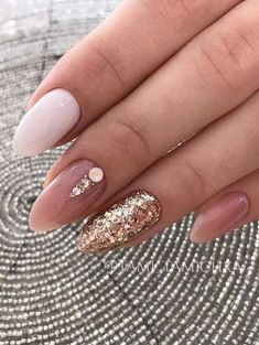 Nude almond nails look so elegant and sophisticated that no formal event will be missed due to your nails being inappropriate. Almond Nails Pink, Classy Almond Nails, Almond Acrylic Nails, Classy Nails, Simple Nails, Cute Nails, Lilac Nails, Classy Nail Designs, Colorful Nail Designs