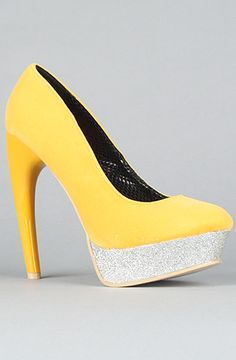 Sole Boutique The Bar Shoe in Yellow