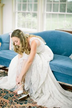 Credits: Ashley Largesse Photography | Makeup & Design: Jennifer Perellie Makeup | Petals Floral | Celia Grace Dress | Clarke Couture Cakes | Finishing Touch Hair | Vert Mont Perfumery favors | Apple Hill Inn | Sir Richards Antiques | Edera Jewelry | The Linen Shop | Rain Or Shine Tent And Events