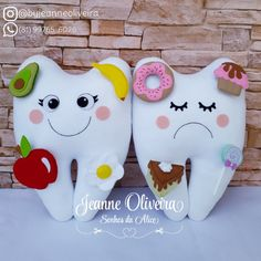 Felt Crafts Kids, Diy And Crafts, Arts And Crafts, Tooth Pillow, Tooth Fairy Pillow, Homemade Kids Toys, Dental Design, Dental Kids, Diy Projects For Kids