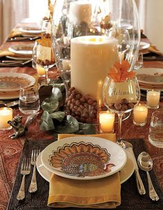 Great Thanksgiving Centerpieces with hazelnut-wineglass seating cards- Love