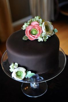 * Gumpaste flowers on chocolate fondant cake